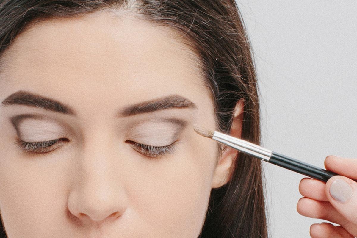 Audrey Hepburn's Makeup Look